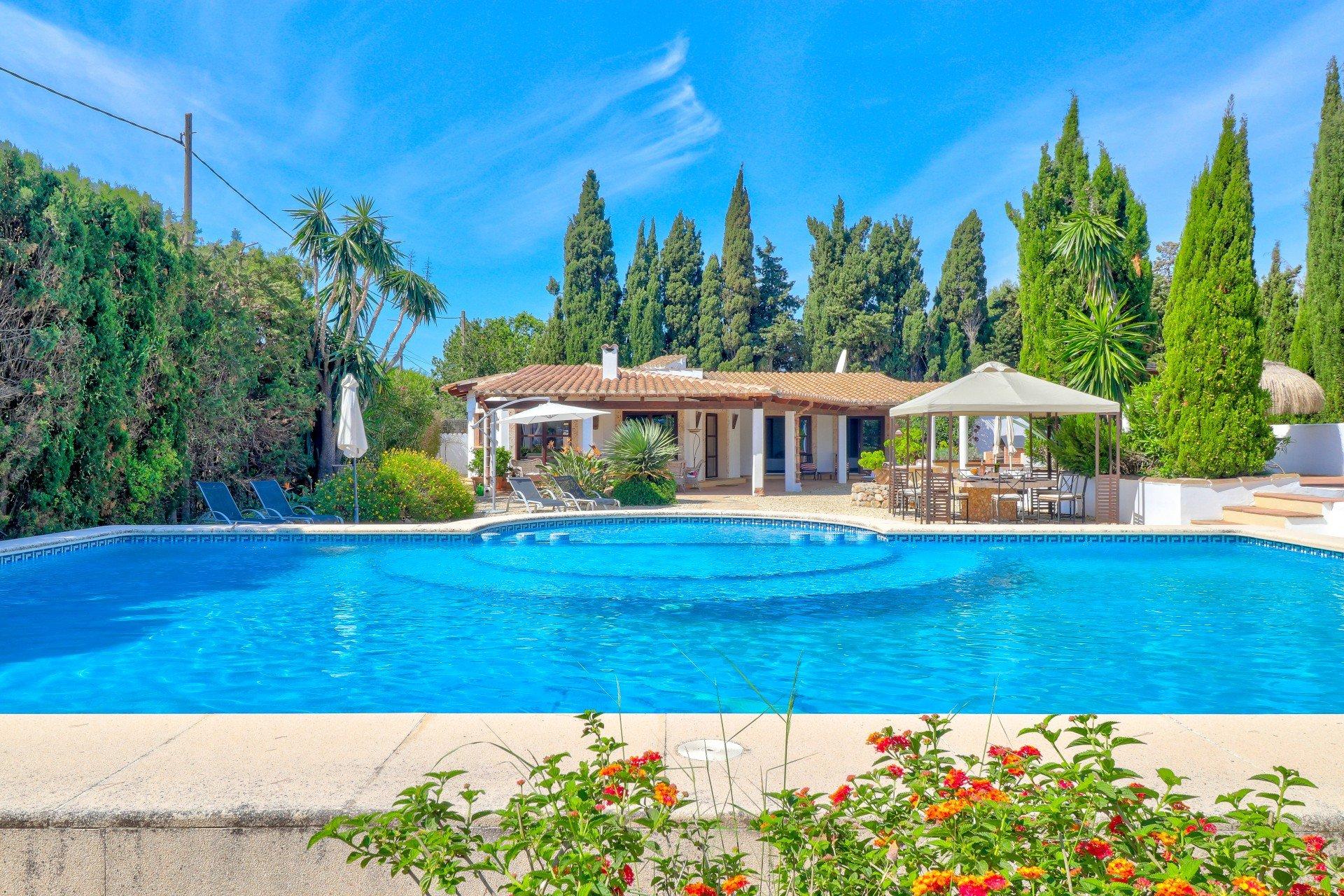 Finca in Puerto Pollenca, Mallorca - Finca Can Cavall, 5 Bedrooms, Sleeps 10, 5 Bathrooms, Code POL11