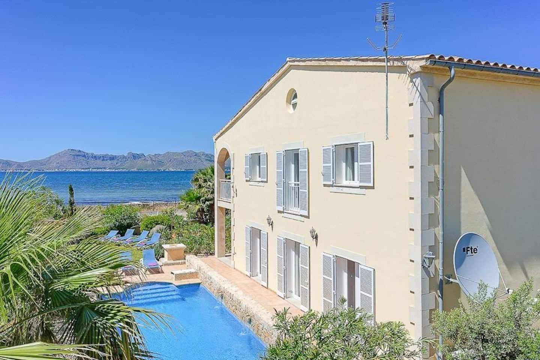 Villa in Alcudia, Mallorca - Villa Bacares, 6 Bedrooms, Sleeps 12, 4 Bathrooms, Code AL03