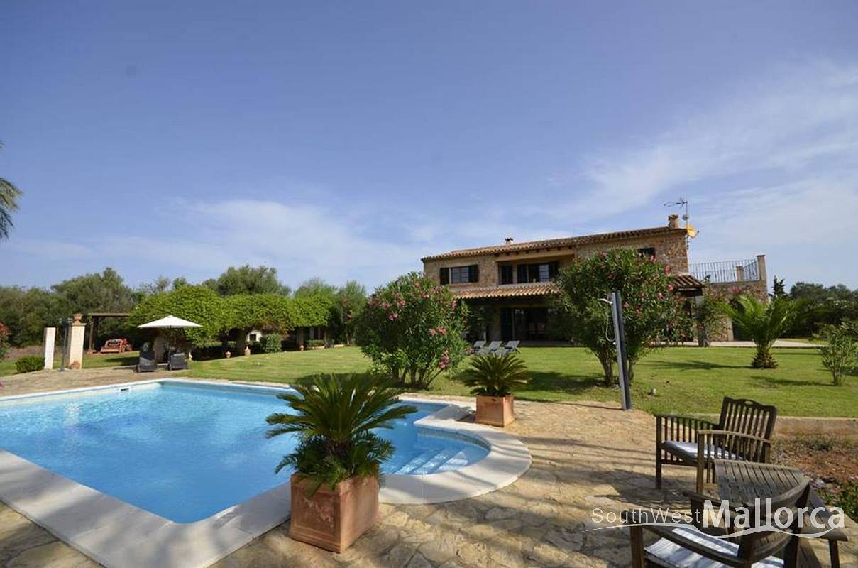 Finca in Inca, Mallorca - Finca Lena, 4 Bedrooms, Sleeps 10, 3 Bathrooms, Code IN01