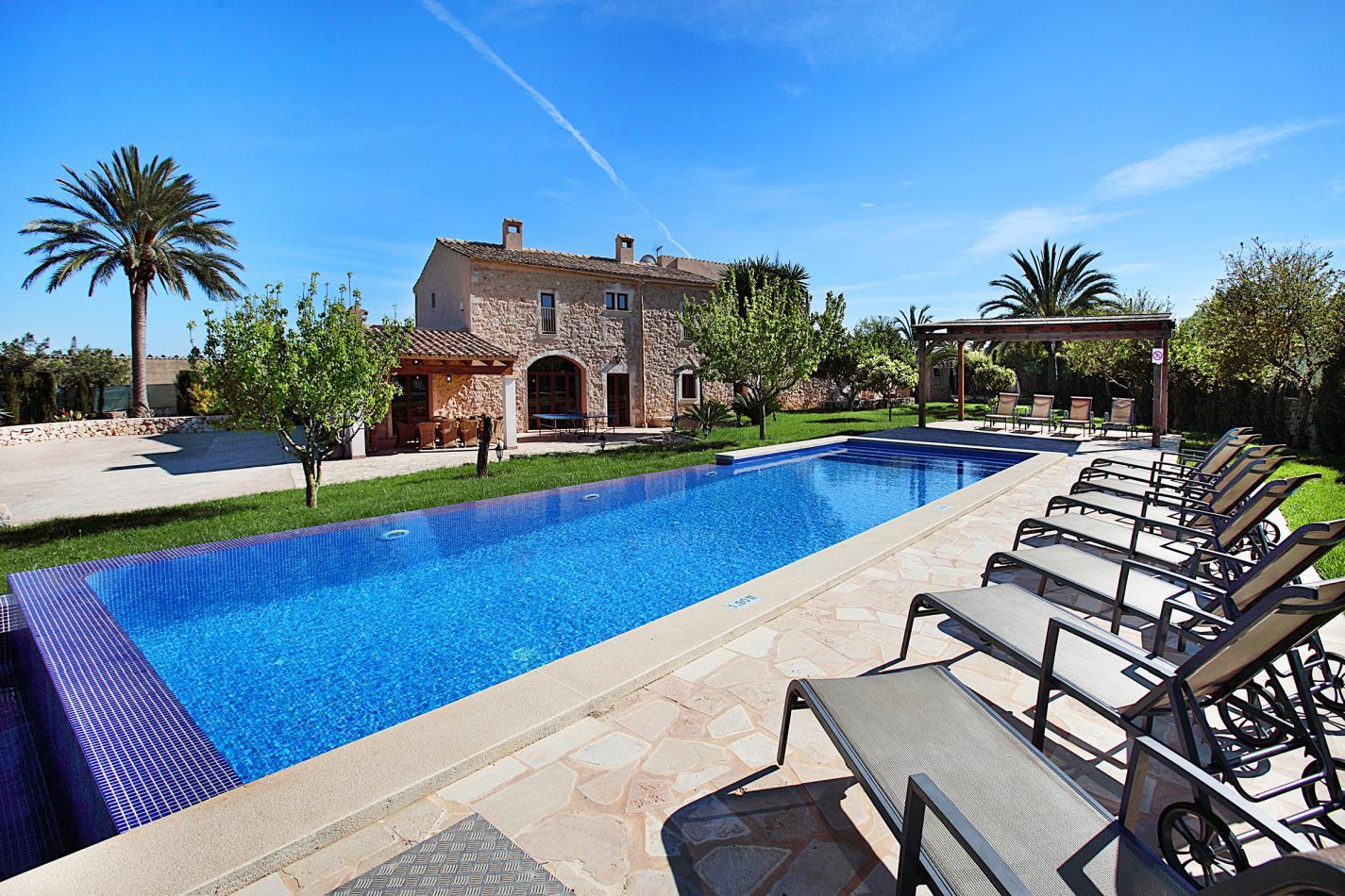 Finca in Calonge, Mallorca - Finca Es Fasser, 6 Bedrooms, Sleeps 12, 6 Bathrooms, Code CNG01