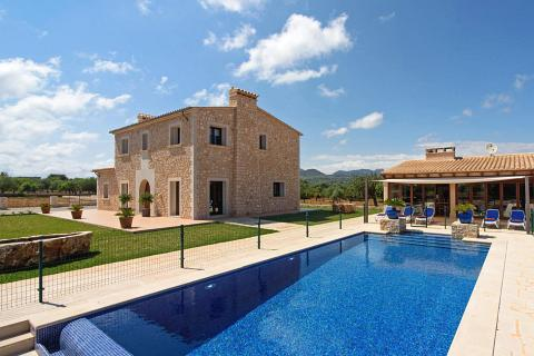 Finca in S'Horta, Finca Sa Pletassa - 4 Bedrooms, 4 Bathrooms, Sleeps 8