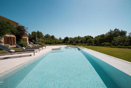 Finca in Pollenca, Finca Monica - 6 Bedrooms, 6 Bathrooms, Sleeps 12