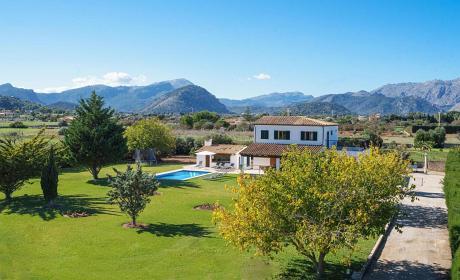 Villa in Puerto Pollenca, Villa Gabriela - 4 Bedrooms, 3 Bathrooms, Sleeps 8