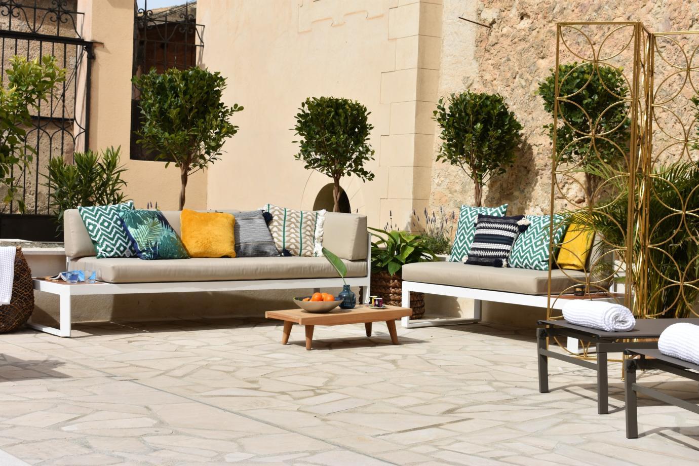 Villa in Central Mallorca, Mallorca - Villa Luxe Senses, 10 Bedrooms, Sleeps 20, 9 Bathrooms, Code SI01